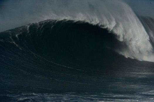 Empty_Wave_1